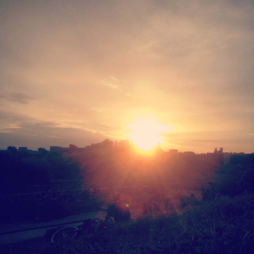 Sonnenuntergang im Mauerpark